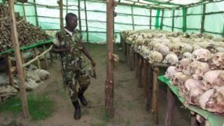 Abaholandi barapereza mu Rwanda