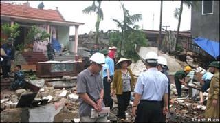 Hiện trường tại Huyện Thủy Nguyên - Hải Phòng sau lốc xoáy, ảnh của báo Thanh Niên