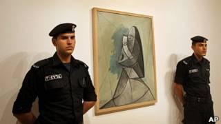 Картина Пикассо на выставке в Рамалле