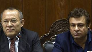 خلیل الله فیروزی (راست) و شیرخان فرنود