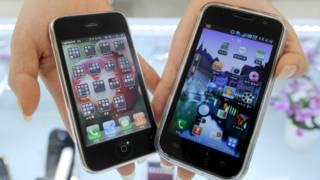 Apple dan Samsung adalah pemain dominan di pasar telepon pintar dan komputer tablet