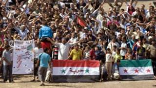 محتجون سوريون