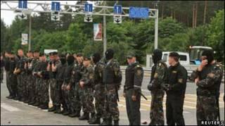 Білоруська міліція заблокувала дорогу на пропускному пункті з Польщею поблизу міста Ґродно