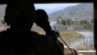 سرباز ناتو در مرز افغانستان و پاکستان