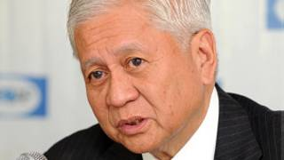 Ngoại trưởng Philippines Alberto del Rosario