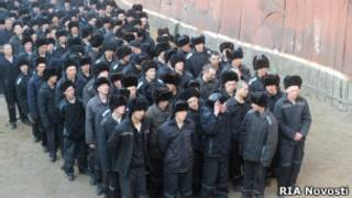 Российские заключенные в колонии