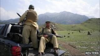 نیروهای پاکستانی در منطقه کرم