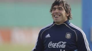 Футболист Карлос Тевес