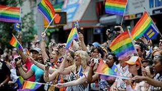 Participantes da última parada gay em Nova York (AFP)