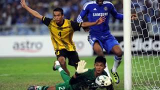 Pemain Malaysia menganggap bola belum lewat garis