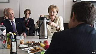 Angela Merkel e outros chefes de Estado