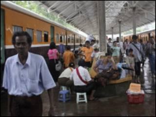 Burma train