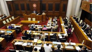 香港立法會審議財政預算案(中新社圖片14/4/2011)