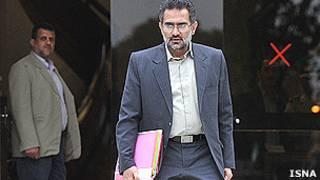 محمد حسینی، وزیر ارشاد