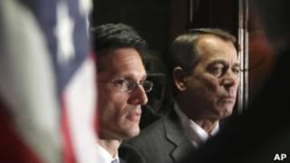 Eric Cantor, líder da maioria republicana na Câmara, e John Boehner, presidente da Câmara (AP)