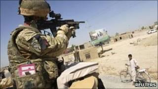 جندي بريطاني في افغانستان