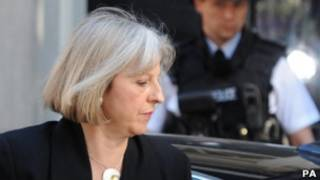 A ministra do Interior britânica, Theresa May. | Foto: PA