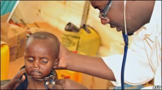 Медики надають допомогу у Могадішо, де триває збройний конфлікт