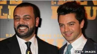 Latif Yahia (bên trái) và diễn viên Dominic Cooper