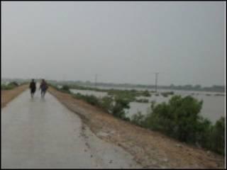 سیلاب زدگان