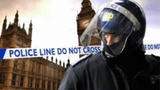 """内政大臣梅恩表示,若""""截停搜身""""数目不减少,她将寻求改变法律"""