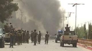 محل انفجار در شهر لشکرگاه، عکس از دفتر مطبوعاتی ولایت هلمند