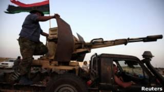 نیروهای مخالف قذافی