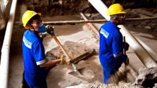 Operários na região portuária do Rio