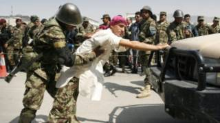 Treinamento de soldados no Afeganistão. AP
