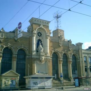 Старое здание завода ВЭФ