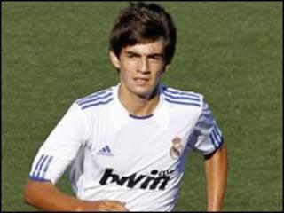 Dan Zinadine Zidane Enzo