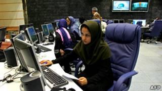 В студиях иранской государственной телерадиокомпании в Тегеране
