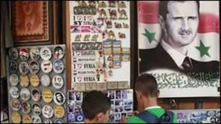Плакаты на улицах Дамаска
