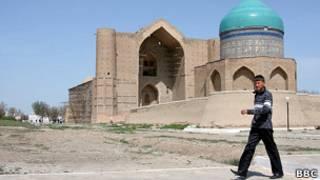 Мавзолей Ходжи Ахмеда Ясави в Казахстане