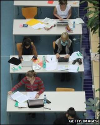 苏格兰大学生学习