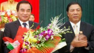 Ông Văn Hữu Chiến (bên trái) và Bí thư thành ủy Nguyễn Bá Thanh
