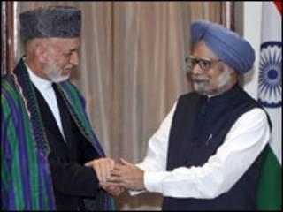 Shugaba Karzai da Pirayim Minista Manmohan Singh