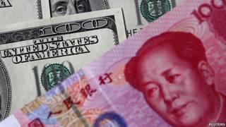 人民币与美元钞票