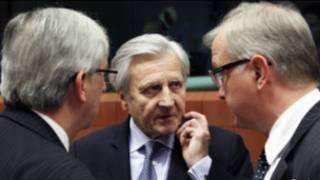 Chủ tịch ECB Jean-Claude Trichet và các quan chức tài chính Châu Âu