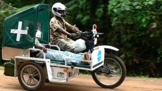 Motocicleta ambulancia