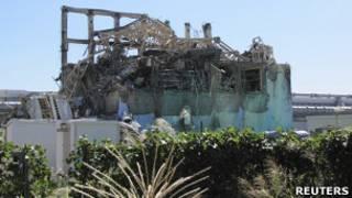 Nhà máy điện hạt nhân của Tepco bị tsunami tàn phá