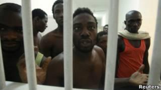 سجناء افارقة في طرابلس