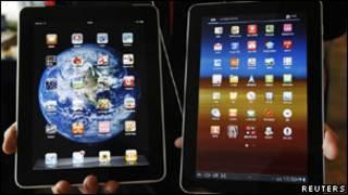 Планшетники Apple и Samsung