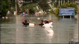Cảnh ngập lụt ở Thái Lan