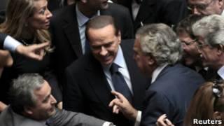 Сильвио Берлускони и его однопартийцы