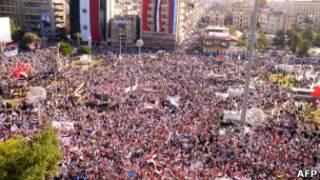 حشد جماهيري ضخم في حلب