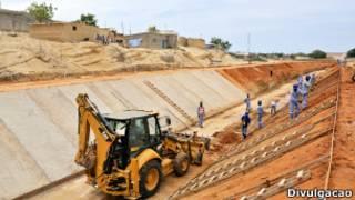 Projeto de infraestrutura da Odebrecht em Kwanza Sul, Porto Amboim Angola.