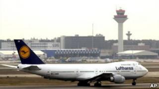 طائرة تابعة لشركة لوفتهانزا