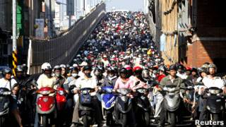 Multitud en una calle