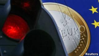 Плакат с изображением евро и светофор